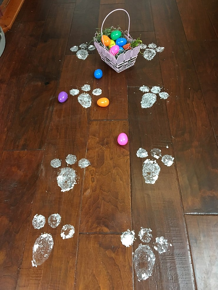 Easter bunny footprints for your Easter hunt