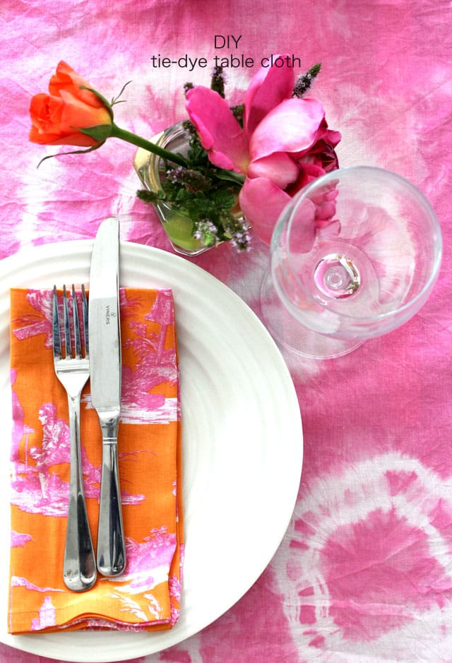How to tie dye table cloth