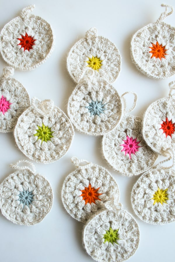 crocheted-christmasy.decorations